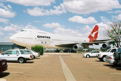 Qantas jumbo longreach